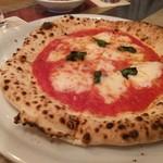 68180626 - チーズたっぷりマルゲリータ