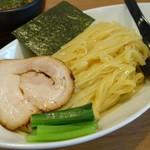 68181816 - 「具」「麺」 アップ