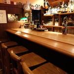 バー・オーガスタ・ターロギー - ☆カウンター席の雰囲気はこちら(*^_^*)☆