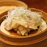 にしぶち飯店 - のどぐろ と 岩牡蠣と新蓮根の蒸し物