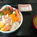 68197255 - びっくり海鮮丼