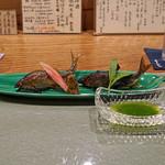 日本料理 とくを - 琵琶湖の小鮎の塩焼き 蓼酢で