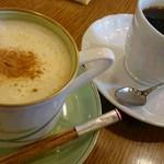 銀座 和蘭豆 - カプチーノ、ブレンドコーヒー