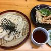 本場かなくま餅 福田 - 料理写真:お盆なんてないのさ ざるうどんと天盛り