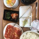 焼肉屋 くいどん 曳舟店 - ランチセット+豚ロース(70g)@190