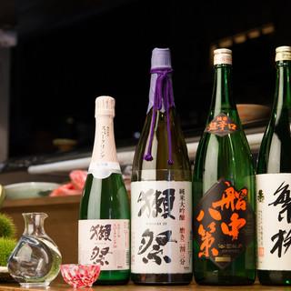 【引き立てあう日本酒と魚】おちょこの日本酒は一年中美味しい!