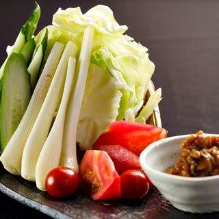 金山寺味噌と野菜盛り