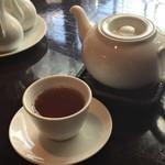 膳處漢ぽっちり - 烏龍茶のポットサービス