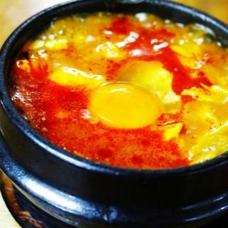 辛いもの好き必見!!韓国の家庭料理『スン豆腐チゲ』は絶品