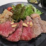 金獅子のヤキニク - 北海道産牛のステーキ 食べ比べ膳