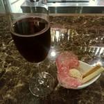 68218759 - 【2017.6.7(水)】イタリアのサラミ&ポテトサラダグリッシーニ添え+ランデルスコ(赤ワイン)