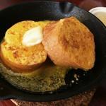 燻製マーケット - フレンチトースト(燻製バターと燻製りんごジャムと共に)