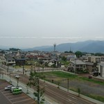 うなぎ専門店 本多 - 駅からみた 飯山の、町