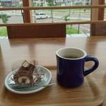 うなぎ専門店 本多 - 帰りにまた パノラマテラス  で コーヒー ケーキで       新幹線まち
