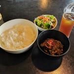 焼肉チャレンジャー - 牛スジ煮込みセット(ご飯大・ランチパスポート)