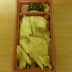 登利平 - 料理写真:柔らかい胸肉のスライスがたっぷり♪
