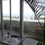サザンビーチカフェ - 室内
