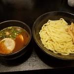 Asoji -  とんこつ魚粉濃厚つけ麺 中盛(800円)