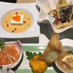 68232226 - 天ぷらには穴子、お豆腐の下はパプリカのポタージュ