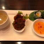 ASIANバル MAMAYA - スープ、チキンティッカ、生春巻き