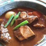 メインダイニングルーム 三笠 - 牛肉の柔らかさに比べ、野菜のそれぞれの食感が素晴らしい