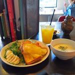 ザリガニカフェ - スープ&サラダ