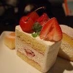 パティスリィ ドゥ・ボン・クーフゥ - ショートケーキ