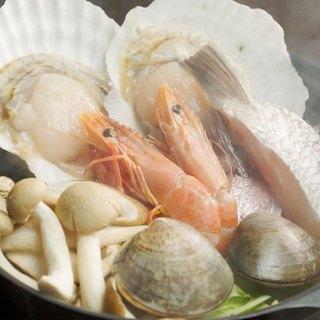 名物!!『浜焼き』新鮮な海鮮を浜蒸しスタイルで★