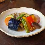 手打ち蕎麦 かね井 - 季節野菜の揚げびたし