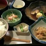 おやじ食堂 海のめし - 料理写真:銀ダラ定食  1050円