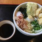 純讃岐 くるみ - 冷やしぶっかけ海老天力餅うどん・980円