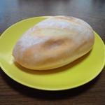 68252041 - お米パン (138円)