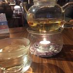 新中国料理レストラン チャイナテラス - 八方茶。