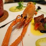 レストラン 間 - 前菜2 そら豆とタラバ蟹のスフレ フォアグラとラングスティーヌ添え