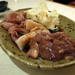 地鶏料理みやま本舗 天文館店 - 溶岩焼きのネタ