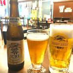 大衆酒場 屋台 まるとく - 生ビールとノンアルコールビアで乾杯〜(*^▽^*)