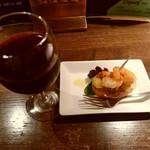 68263533 - 【2017.6.8(木)】①小エビとじゃがいものピンチェスアリオソース+赤ワイン