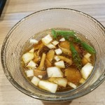 実垂穂 - つけ汁はナメコ、玉ねぎ