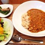 木月キッチン - レンズ豆のカレー