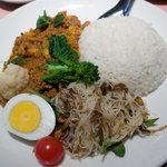 ベトナム料理 アンナンブルー -