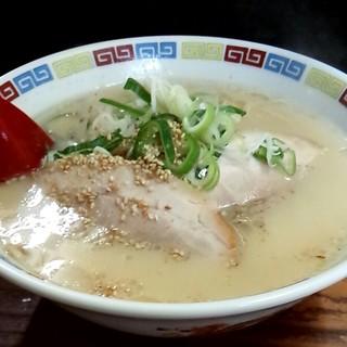 一輝亭 - 料理写真:ラーメン