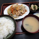 うだ家 - 料理写真:肉野菜炒め定食