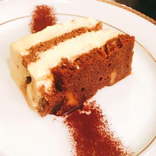 口の中でトロける?ホシヤマ珈琲店定番のトロトロチーズケーキ‼