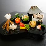 立川紋屋 - 料理写真:季節の前菜盛り合わせ