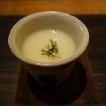手打蕎麦 むとう - カリフラワーの冷たいスープ