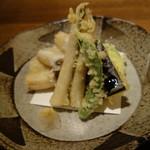 手打蕎麦 むとう - 穴子と野菜の天ぷら