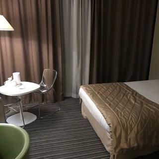 Holiday Inn -