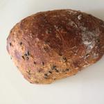 マツパン - はちみつと胡麻のパン(正式名失念)
