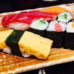 おつな寿司 - 新鮮なネタをいただきます!