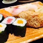 おつな寿司 - 巻きや稲荷もいい感じです!